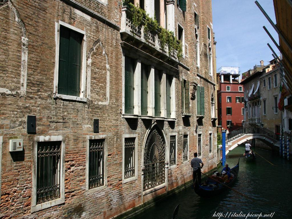 ヴェネツィアの運河1