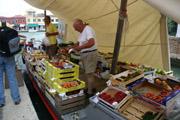 ボートの果物屋