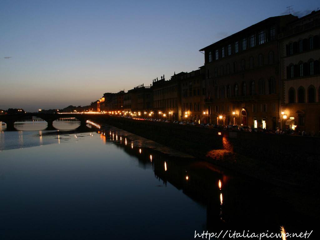 アルノ川の夕景