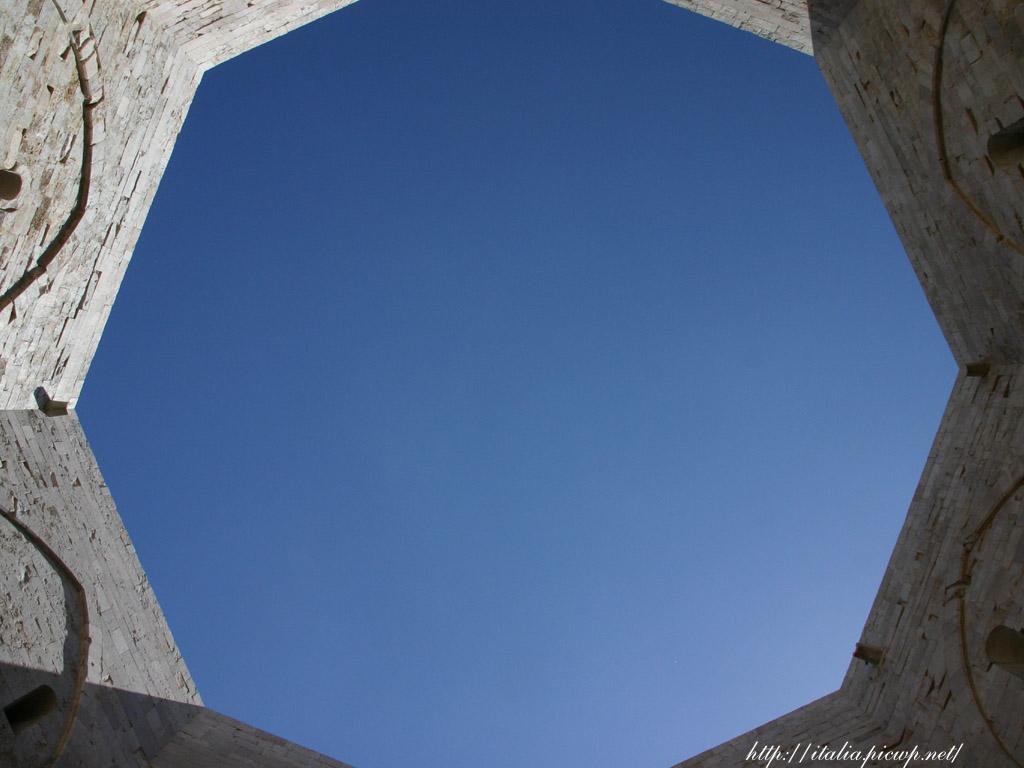 八角形の城