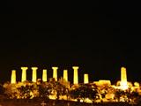 エルコレ神殿の夜景