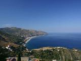 タオルミーナからの海